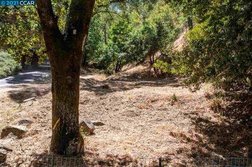 Photo of 12063 Glenora Way, SUNOL, CA 94586 (MLS # 40953279)