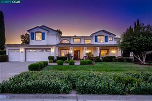 Photo of 2285 Tuscany Circle, LIVERMORE, CA 94550 (MLS # 40885281)