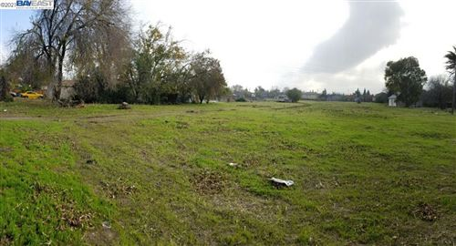 Photo of 280 W Mt. Diablo, TRACY, CA 95376-0000 (MLS # 40933283)