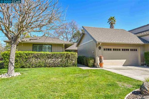 Photo of 3133 Hackney Lane, WALNUT CREEK, CA 94598 (MLS # 40941283)