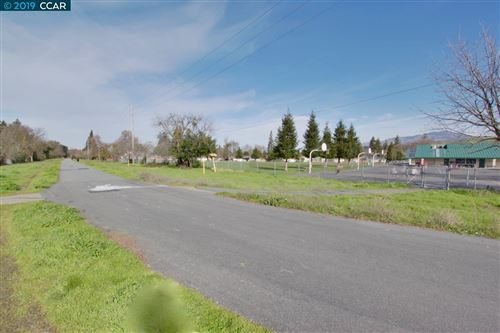 Tiny photo for 86 Meese Cir, DANVILLE, CA 94526-5315 (MLS # 40889284)