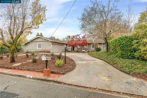Photo of 1067 Serrano Court, LAFAYETTE, CA 94549-3122 (MLS # 40890285)