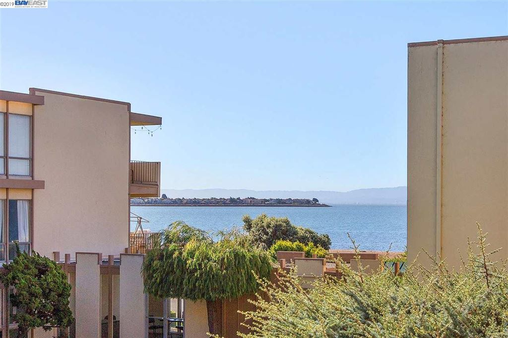 Photo for 1825 Shoreline Dr #205, ALAMEDA, CA 94501 (MLS # 40885285)