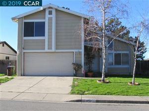 Photo of 172 Cardinal Way, HERCULES, CA 94547 (MLS # 40851286)