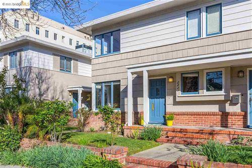 Photo of 2421 Russell St #10, BERKELEY, CA 94705 (MLS # 40940286)