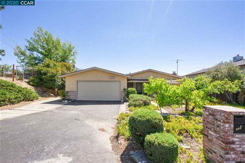 Photo of 635 Paso Nogal Rd, PLEASANT HILL, CA 94523 (MLS # 40909289)