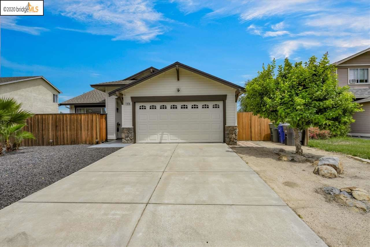 Photo of 1876 E Summerfield Ct, OAKLEY, CA 94561 (MLS # 40906290)