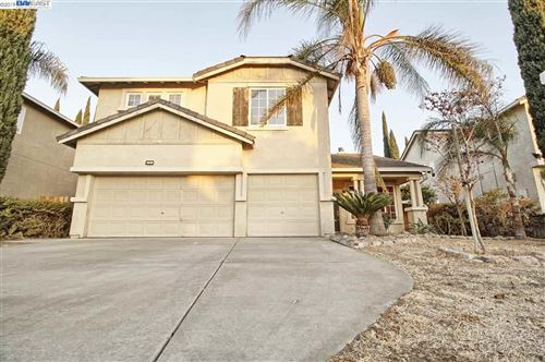 Photo of 1520 Autumn Meadow Ln, TRACY, CA 95376 (MLS # 40889292)