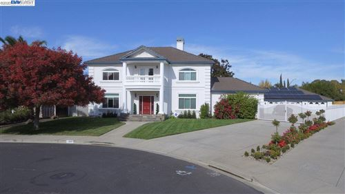 Photo of 1860 Sterling Pl, LIVERMORE, CA 94550 (MLS # 40930293)