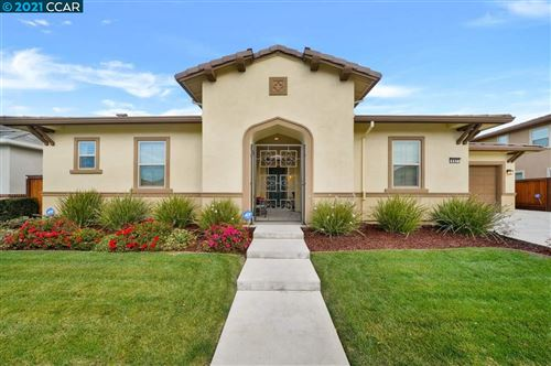 Photo of 447 Avondale Ct, BRENTWOOD, CA 94513 (MLS # 40935293)