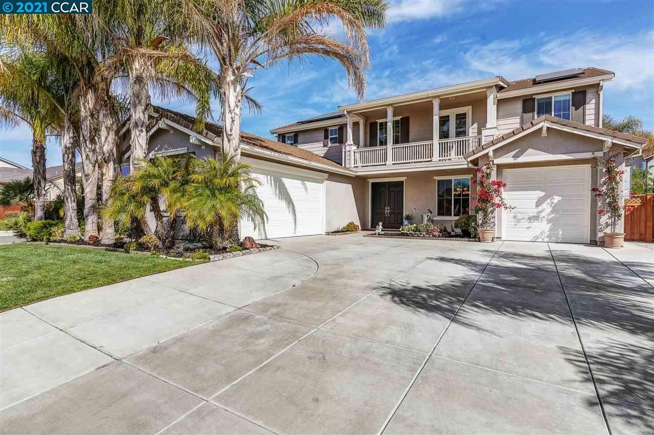 Photo of 328 Myrtle Ln, OAKLEY, CA 94561 (MLS # 40945294)