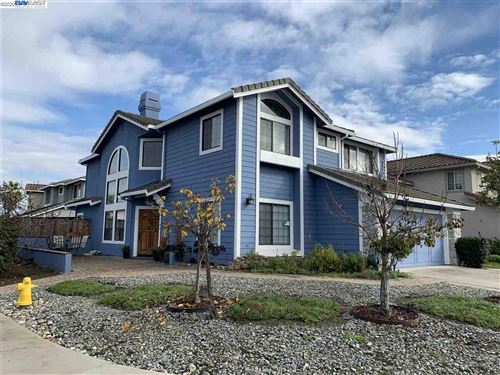 Photo of 32405 Monterey Dr, UNION CITY, CA 94587 (MLS # 40927295)