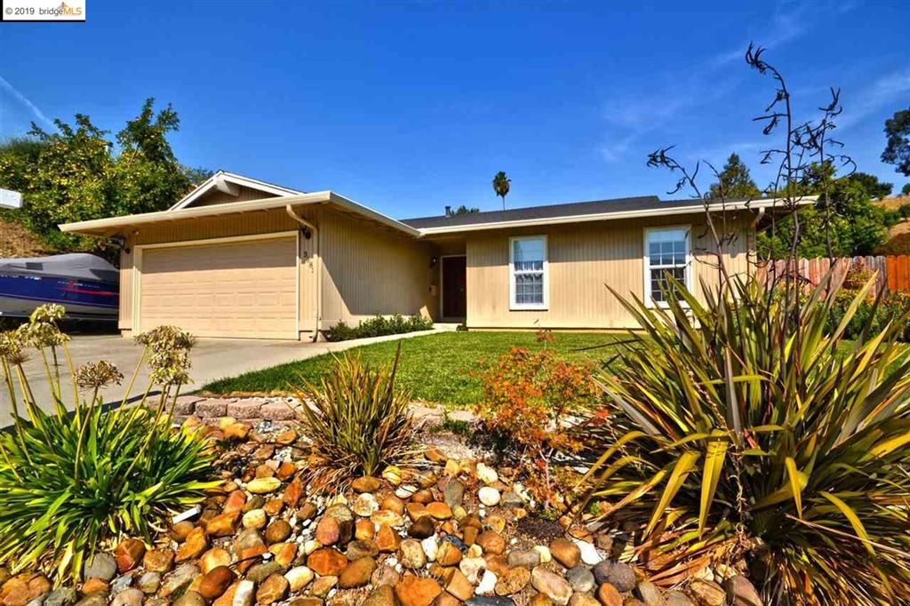 Photo for 3683 Victor St, PINOLE, CA 94564 (MLS # 40885295)