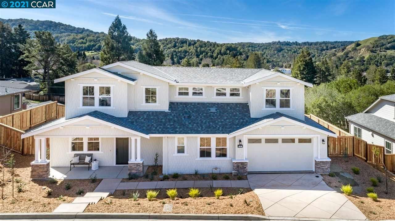 Photo of 62 Vista Encinos, MORAGA, CA 94556 (MLS # 40939295)