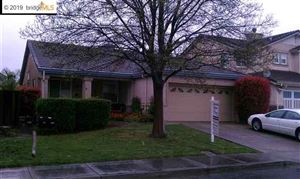 Photo of 923 BLOSSOM DR, BRENTWOOD, CA 94513-6139 (MLS # 40861296)