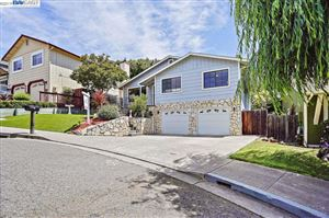 Photo of 23754 Fairlands Rd, HAYWARD, CA 94541 (MLS # 40872296)