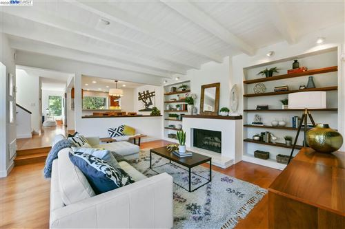 Photo of 6725 SIMS DRIVE, OAKLAND, CA 94611 (MLS # 40906297)