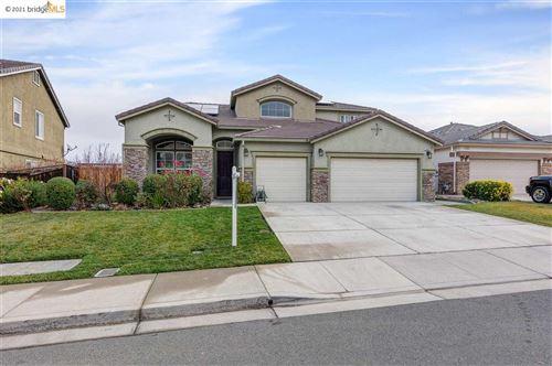 Photo of 3639 Mallard Way, ANTIOCH, CA 94509 (MLS # 40934298)