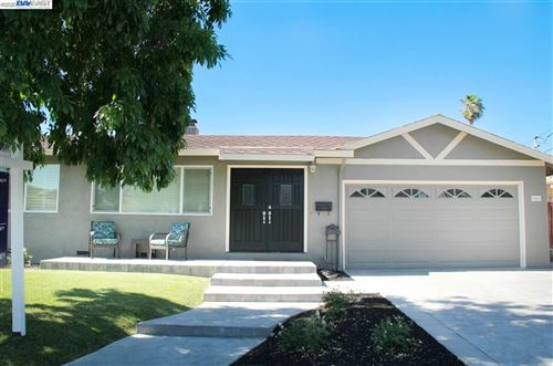 Photo of 548 Sonoma Ave, LIVERMORE, CA 94550 (MLS # 40910301)