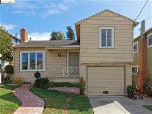 Photo of 300 Seaview Dr, EL CERRITO, CA 94530 (MLS # 40885302)