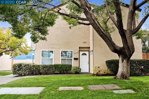 Photo of 1445 Bel Air Dr #B, CONCORD, CA 94521 (MLS # 40900303)