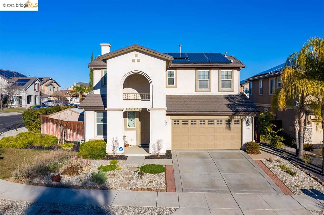 Photo for 2817 Pasa Tiempo Dr, BRENTWOOD, CA 94513 (MLS # 40935303)
