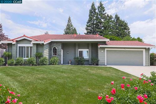 Photo of 57 Apache Ct, SAN RAMON, CA 94583 (MLS # 40905304)