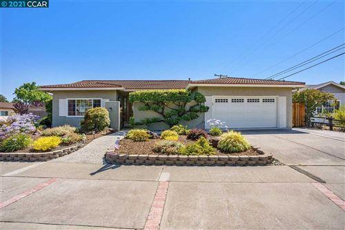 Photo of 4398 Wilson Ln, CONCORD, CA 94521 (MLS # 40960304)