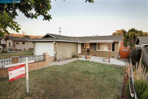 Photo of 3300 Mount Vista Drive, SAN JOSE, CA 95127 (MLS # 40913305)