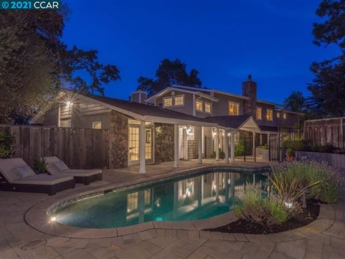 Photo of 847 Mountain View Dr, LAFAYETTE, CA 94549 (MLS # 40960305)
