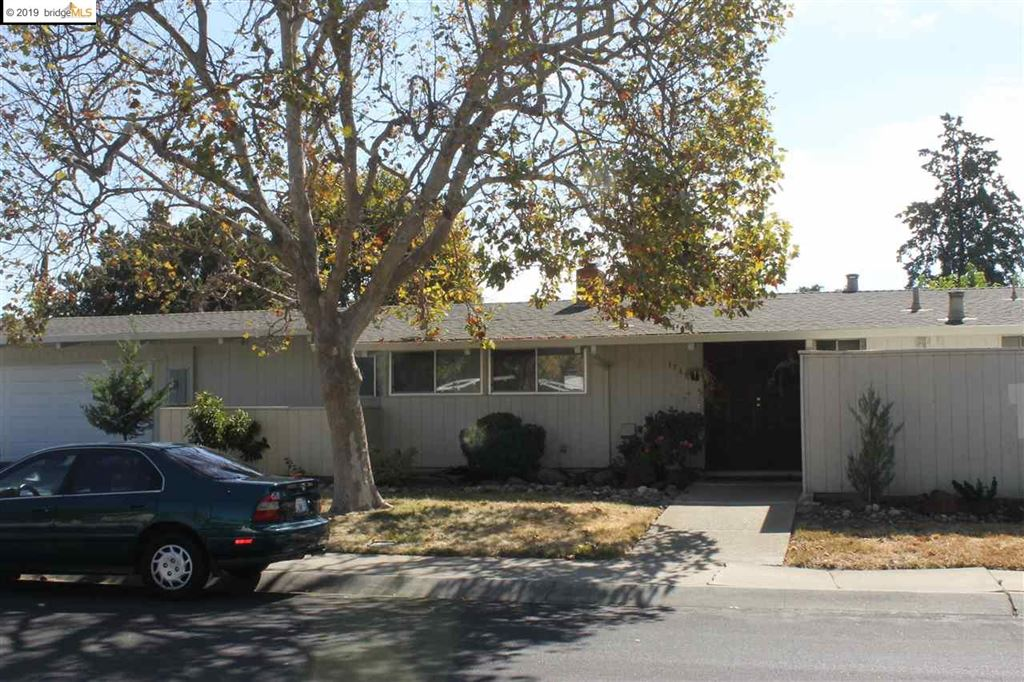 Photo for 1786 TOYON DR, CONCORD, CA 94520-2914 (MLS # 40885305)