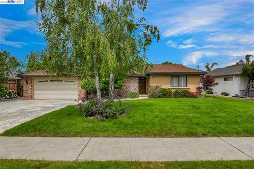 Photo of 4977 Norris Rd, FREMONT, CA 94536 (MLS # 40905306)