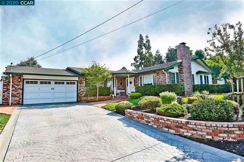 Photo of 5615 Lassen Ct, CLAYTON, CA 94517 (MLS # 40922307)