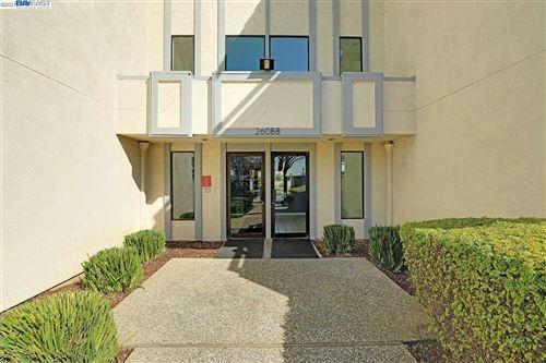 Photo of 26088 Kay Ave #217, HAYWARD, CA 94545 (MLS # 40940307)