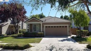 Photo of 18 Rockwell St, BRENTWOOD, CA 94513 (MLS # 40882308)