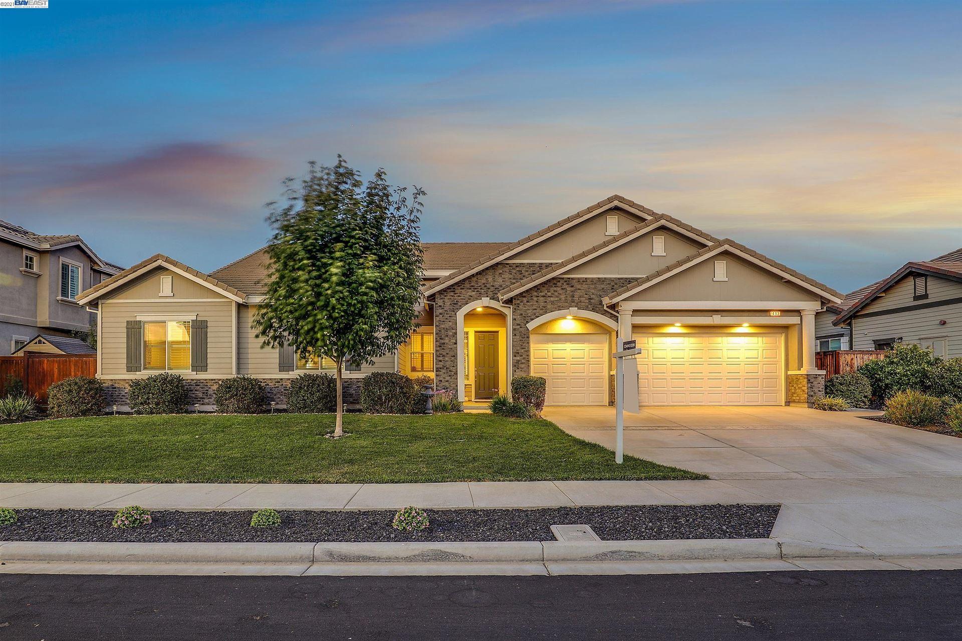 Photo of 493 Yelland Way, BRENTWOOD, CA 94513 (MLS # 40966309)