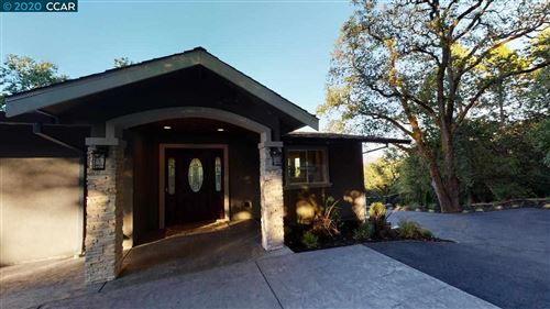 Photo of 946 Oak View Cir, LAFAYETTE, CA 94549 (MLS # 40906312)