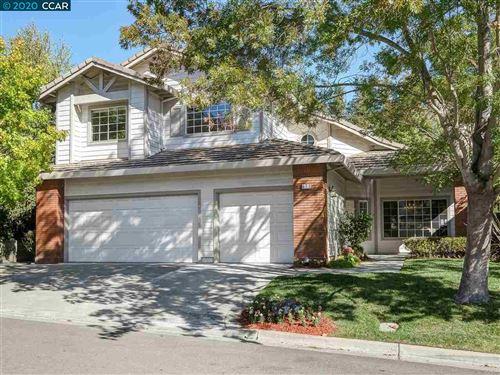 Photo of 672 Bourne Ct, DANVILLE, CA 94506 (MLS # 40925312)