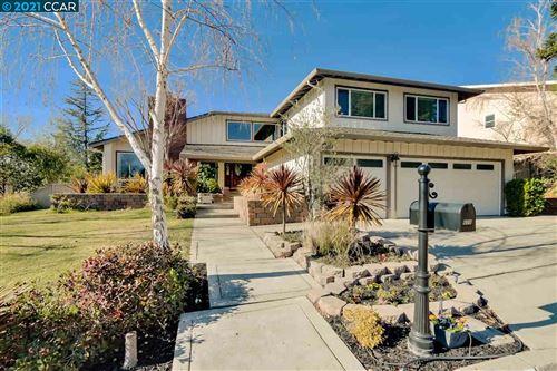 Photo of 608 Serramonte Ct, DANVILLE, CA 94526 (MLS # 40934312)