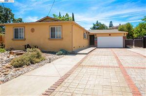 Photo of 5128 Red Oak Drive, CONCORD, CA 94552-1 (MLS # 40830313)