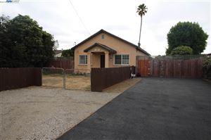 Photo of 303 Medford Ave, HAYWARD, CA 94541 (MLS # 40843313)