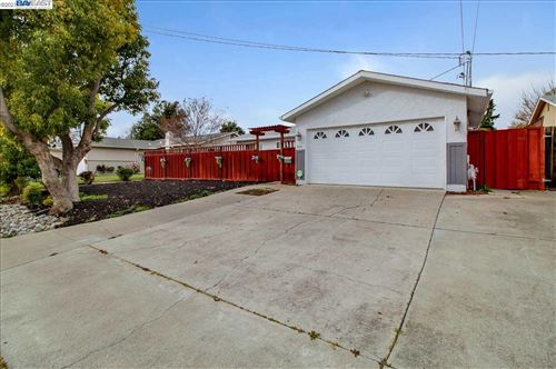 Photo of 930 Sunset Dr, LIVERMORE, CA 94551 (MLS # 40940313)