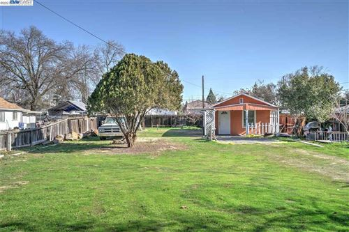 Photo of 1112 N MITCHEL, TURLOCK, CA 95380 (MLS # 40935314)