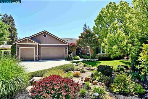 Photo of 6 Pardi Lane, CLAYTON, CA 94517 (MLS # 40949314)