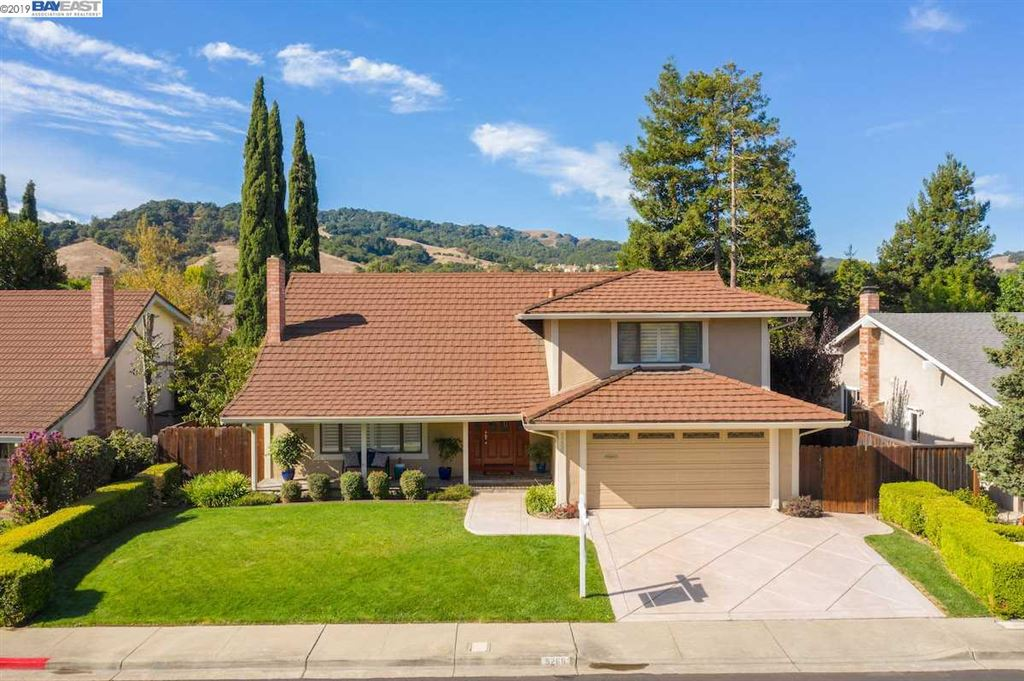 Photo for 5266 Forest Hill Dr, PLEASANTON, CA 94588 (MLS # 40885314)