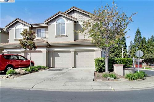 Photo of 431 Sutton Cir, DANVILLE, CA 94506 (MLS # 40942316)