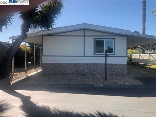 Photo of 500 Kawella Circle, UNION CITY, CA 94587 (MLS # 40947317)