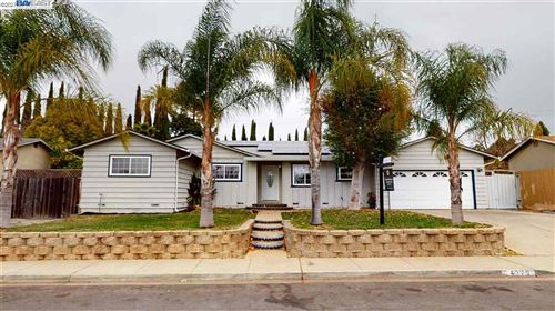 Photo of 4279 Woodland Drive, CONCORD, CA 94521 (MLS # 40935318)