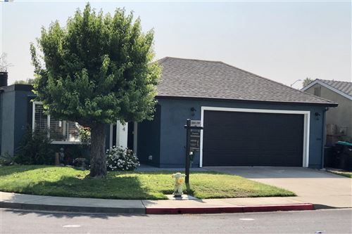 Photo of 2514 Heatherlark Cir, PLEASANTON, CA 94566 (MLS # 40963319)