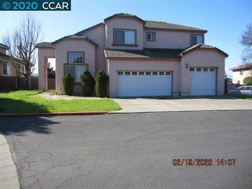 Photo of 242 N Rancho Pl, EL SOBRANTE, CA 94803 (MLS # 40896320)